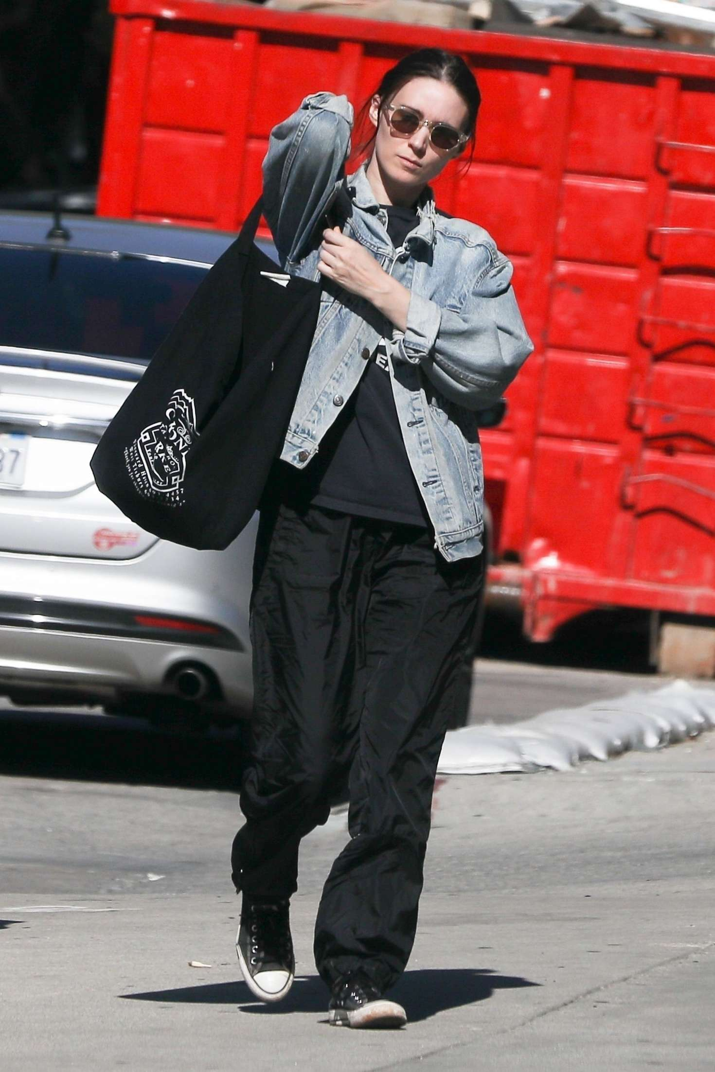 Rooney Mara 2019 : Rooney Mara: Shopping in West Hollywood -02
