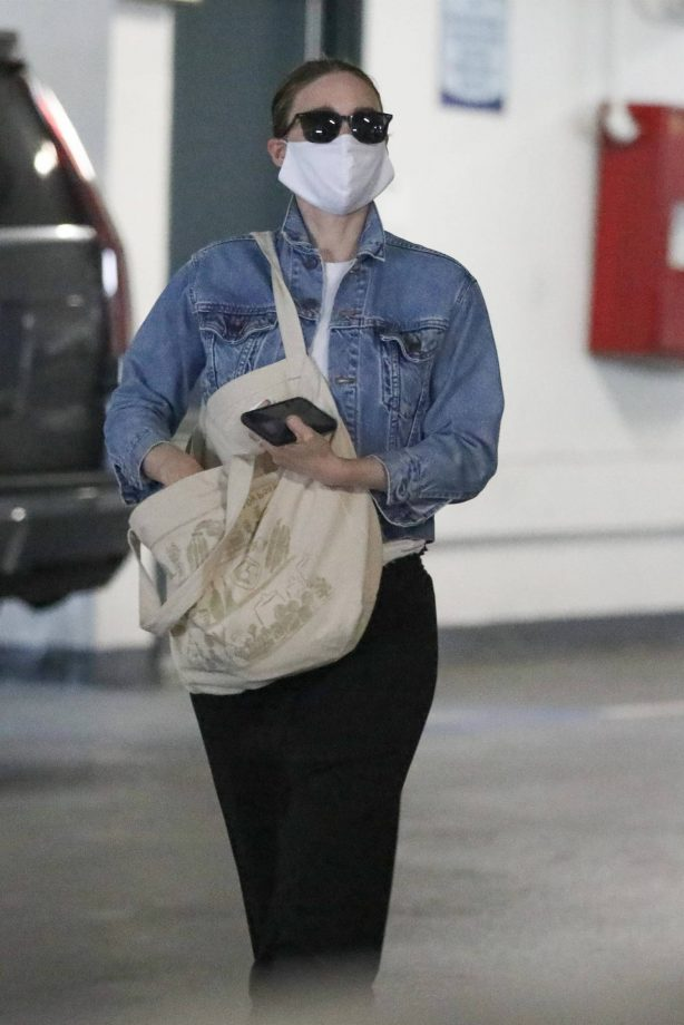 Rooney Mara - Visit to her doctor in Beverly Hills