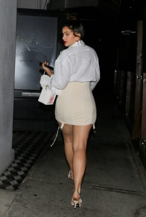 Rosalia - In mini skirt out to dinner at Craigs in West Hollywood