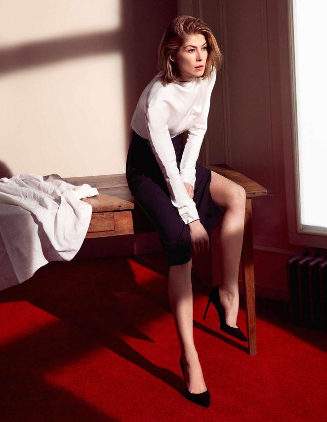 Rosamund Pike: Dior 2016 -05