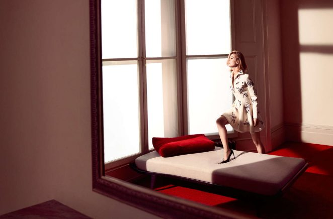 Rosamund Pike: Dior 2016 -08
