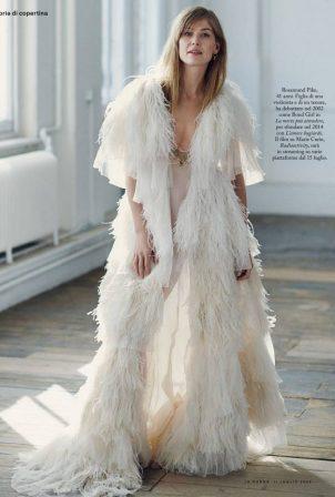 Rosamund Pike - Io Donna Del Corriere Della Sera magazine (July 2020 issue)
