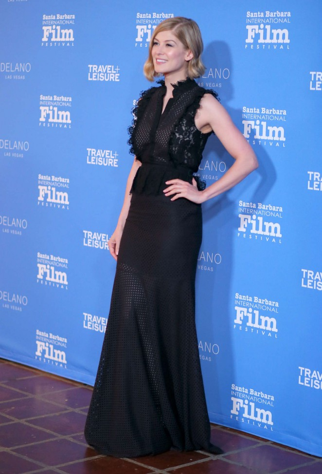 Rosamund Pike 2015 : Rosamund Pike: Virtuosos Award 2015 Santa Barbara International Film Festival -03