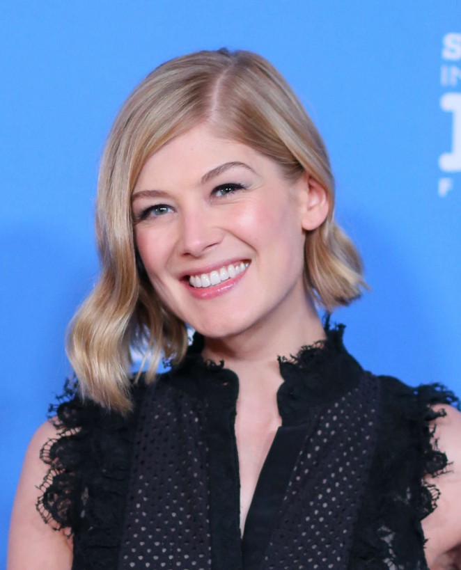 Rosamund Pike: Virtuosos Award 2015 Santa Barbara International Film Festival -07