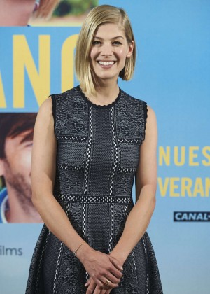 Rosamund Pike - 'What We Did On Our Holiday' Photocall in Madrid