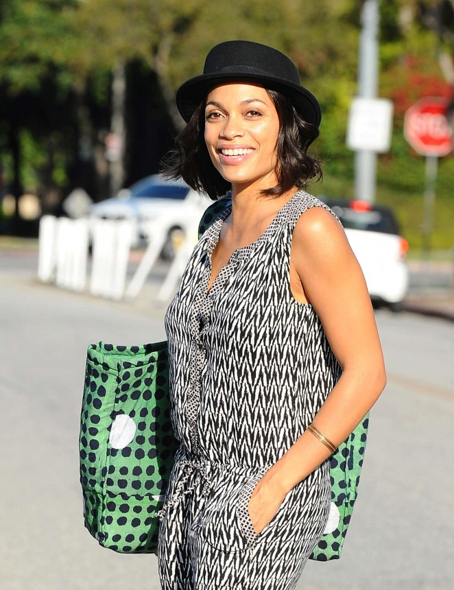 Rosario Dawson: Filming in Los Angeles -09