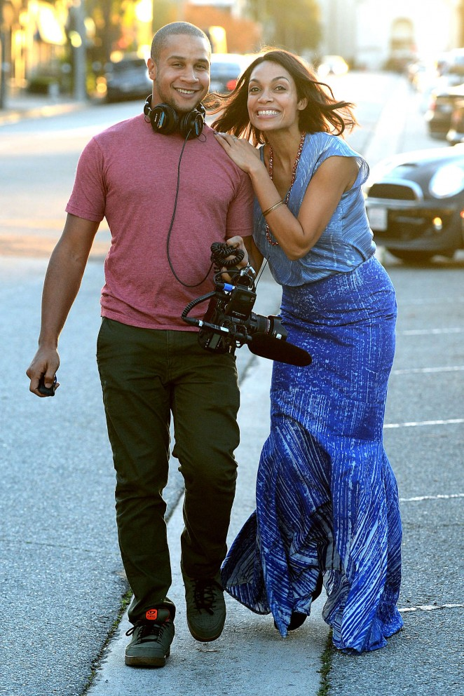 Rosario Dawson: Filming in Los Angeles -12