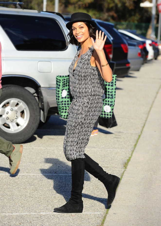 Rosario Dawson: Filming in Los Angeles -18