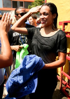 Rosario Dawson gets dunked to raise money LA Rally in Hollywood