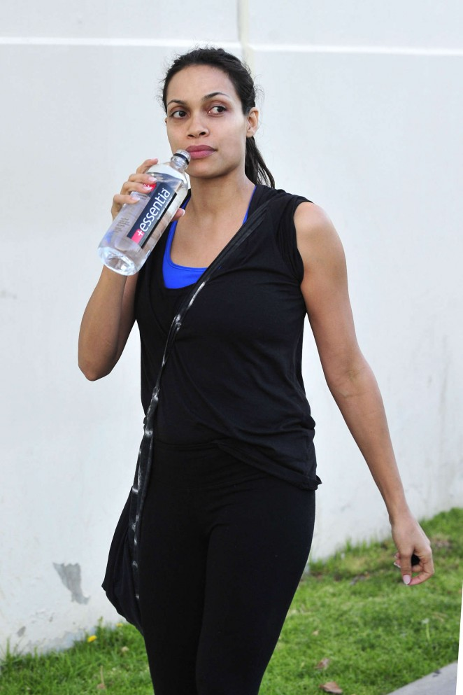 Rosario Dawson Leaving the Gym in Santa Monica