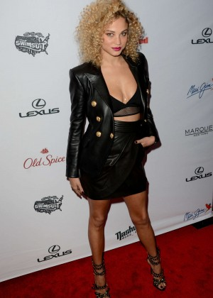 Rose Bertram - 2015 Sports Illustrated Swimsuit Issue Celebration in NYC