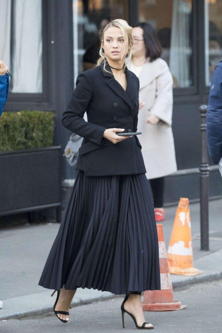 Rose Bertram - Leaves her hotel in Paris