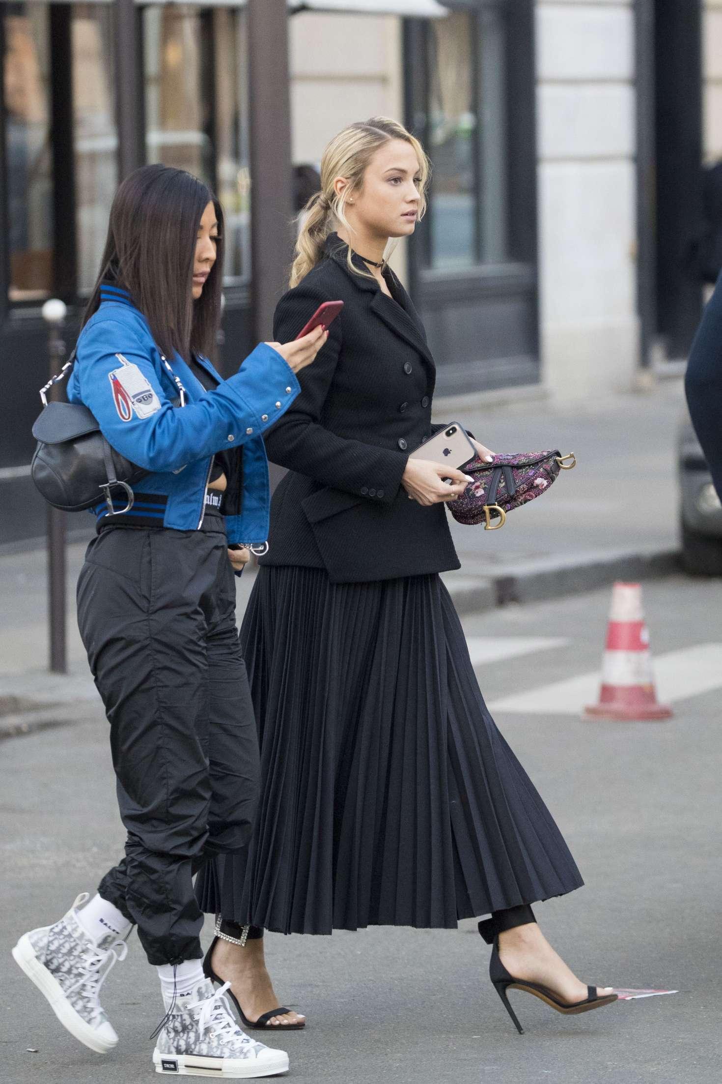 Rose Bertram 2019 : Rose Bertram: Leaves her hotel in Paris -04