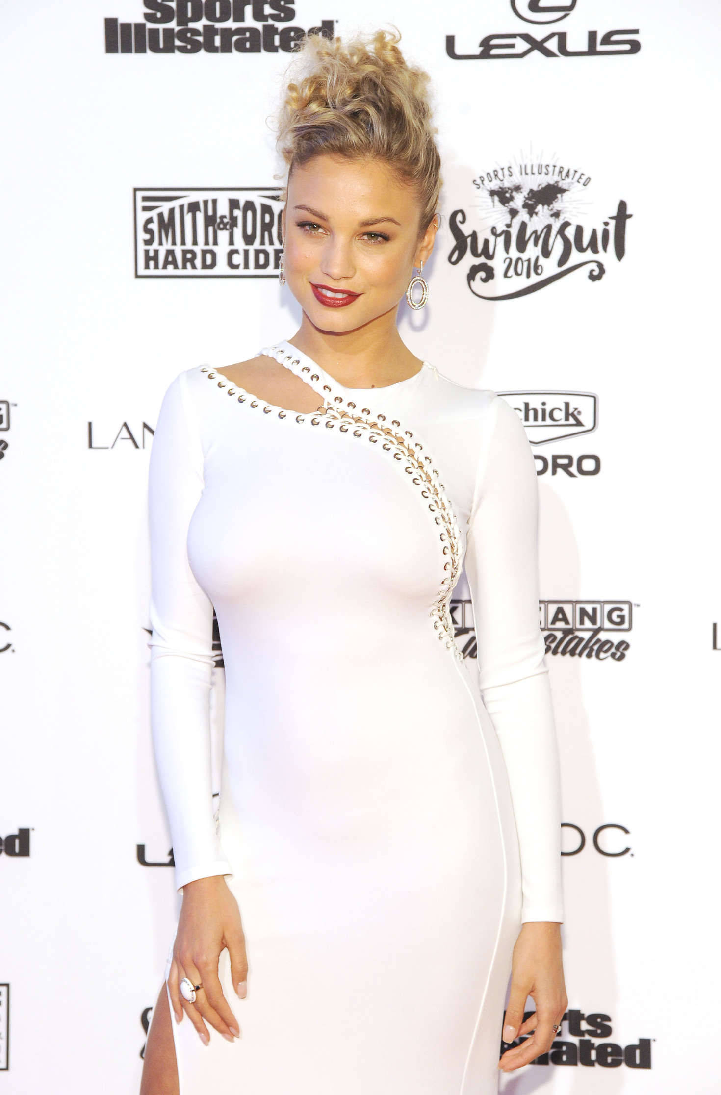 Rose Bertram - Sports Illustrated Celebrates Swimsuit 2016 VIP Red Carpet Event in NY