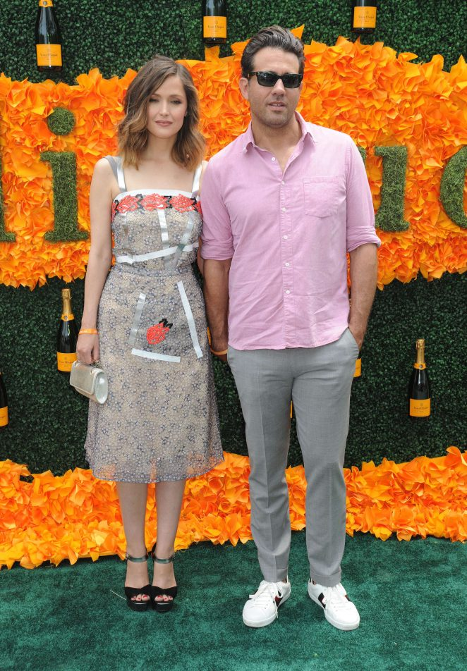 Rose Byrne: 2016 Veuve Clicquot Polo Classic -15