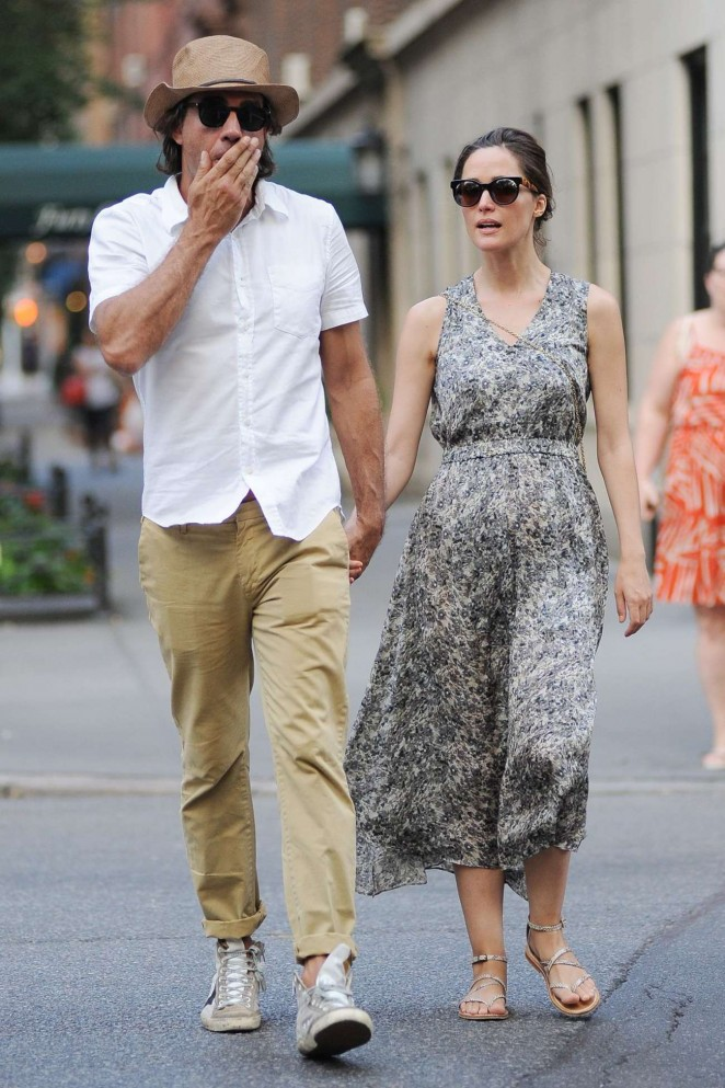 Rose Byrne and Bobby Cannavale Out in The East Village