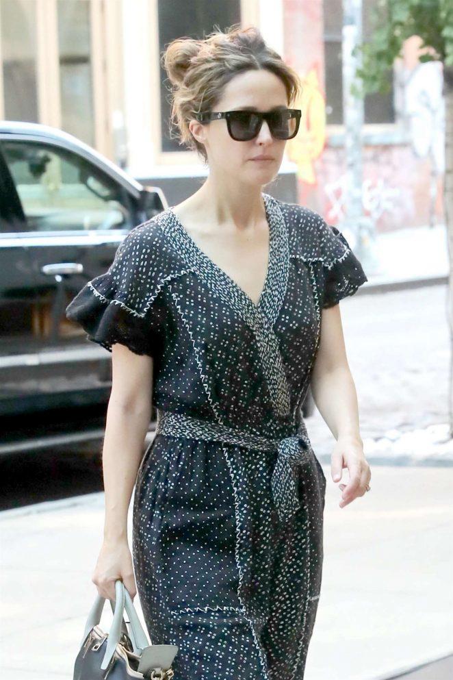Rose Byrne - Arriving at her hotel in New York