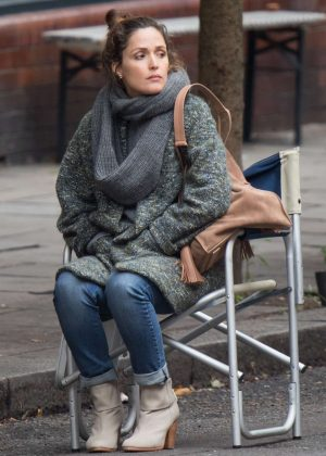 Rose Byrne - Filming 'Juliet, Naked' in London
