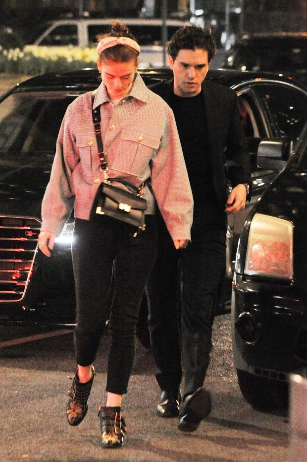 Rose Leslie ang Kit Harington: Night Out in New York City -01