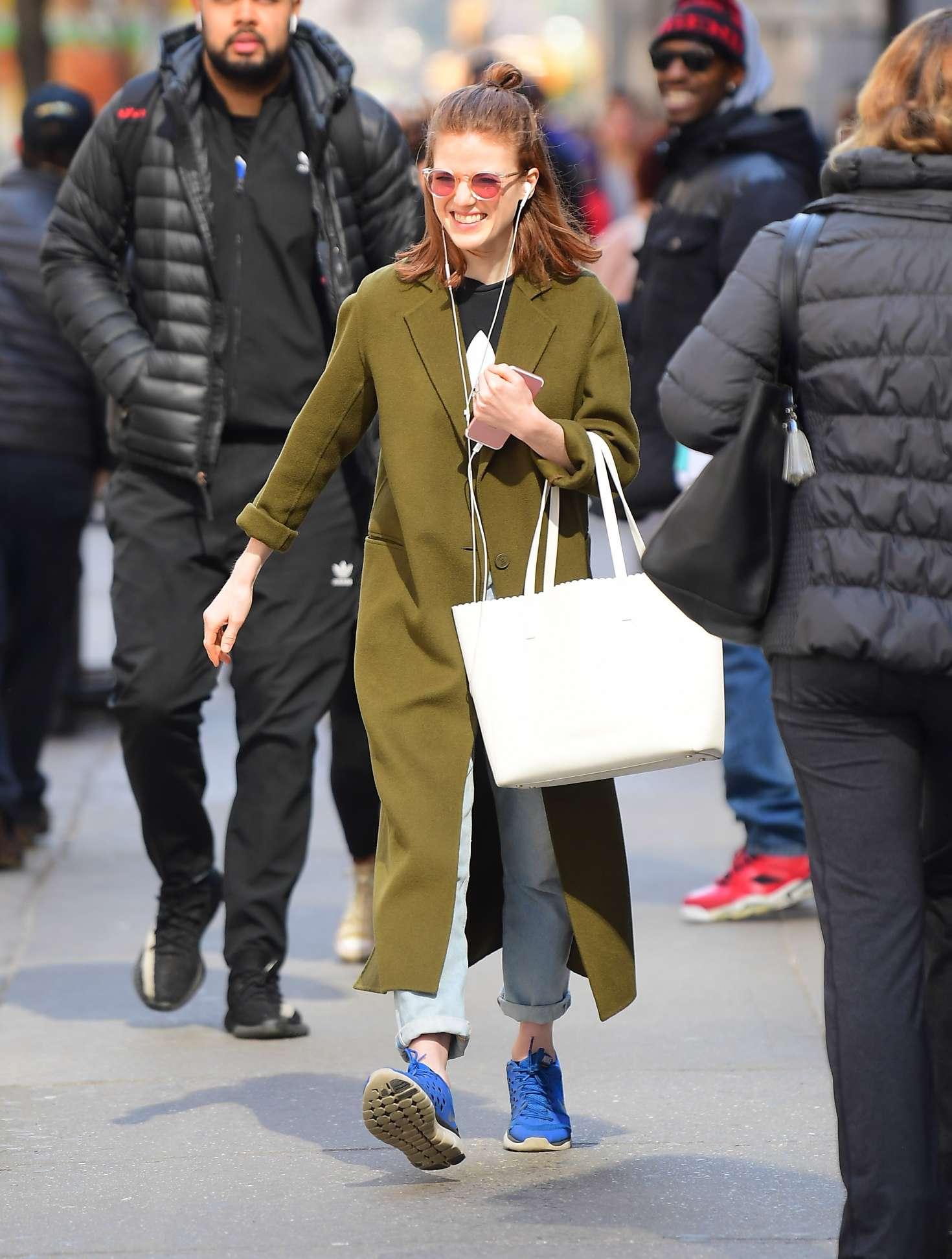 Rose Leslie 2019 : Rose Leslie in Green Coat -01