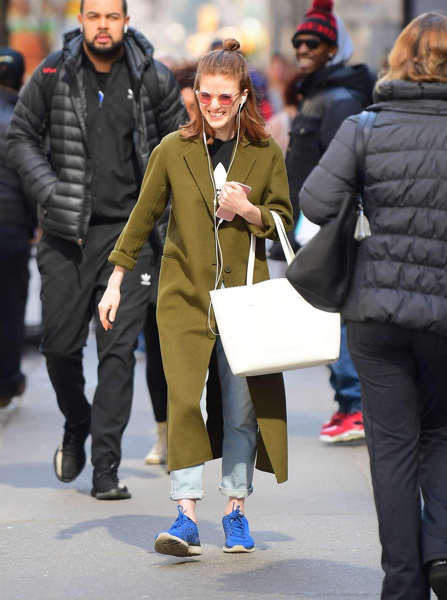 Rose Leslie 2019 : Rose Leslie in Green Coat -05