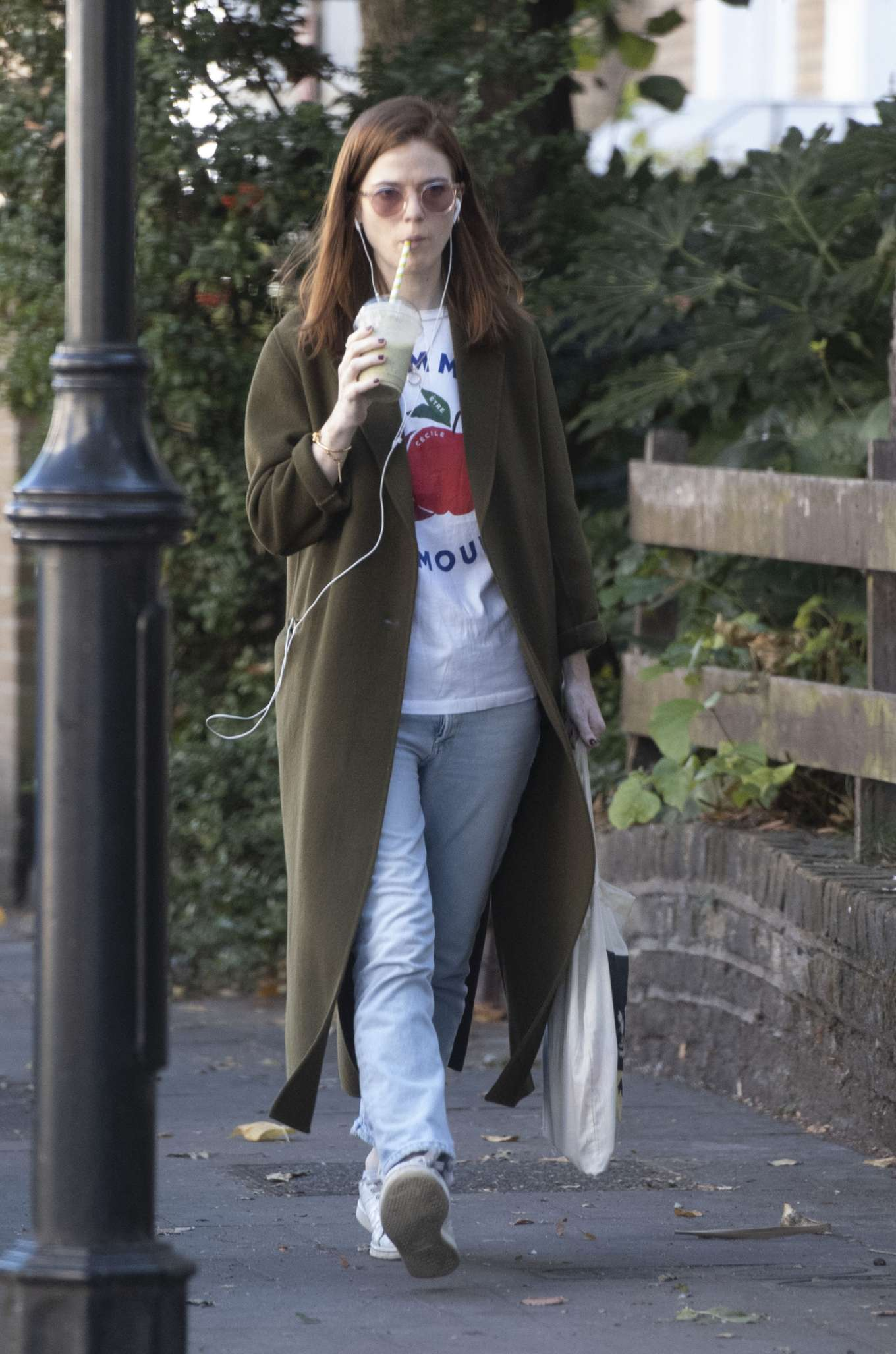 Rose Leslie - Out for a smoothie in London