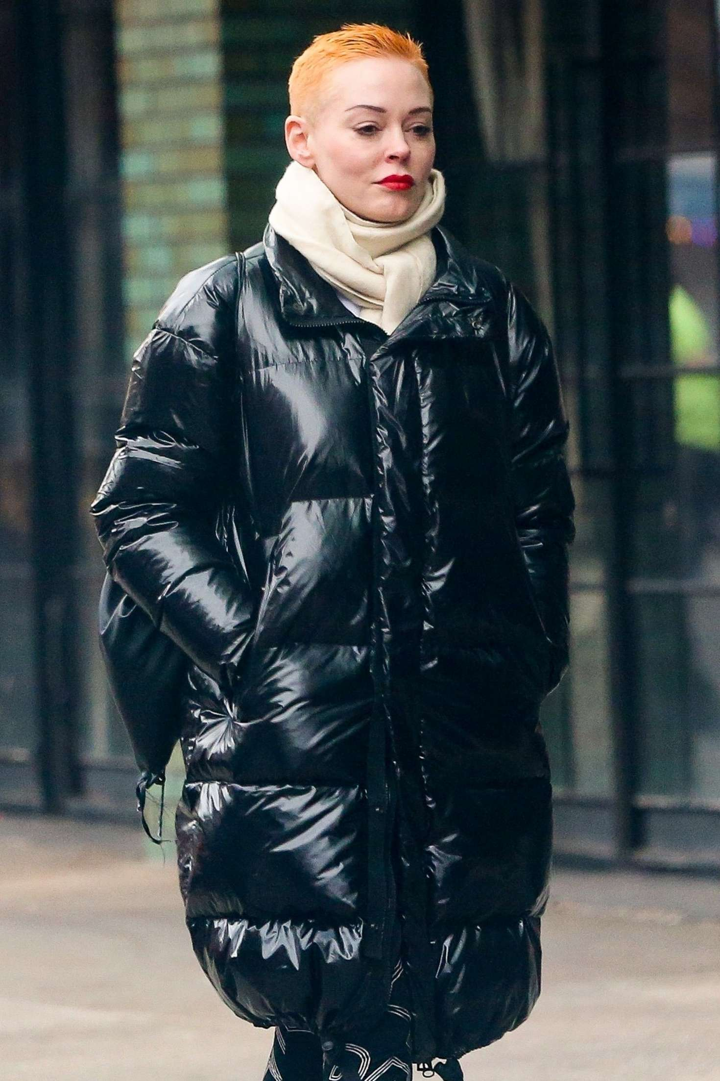 Rose McGowan - Arriving at The Bowery Hotel in NYC