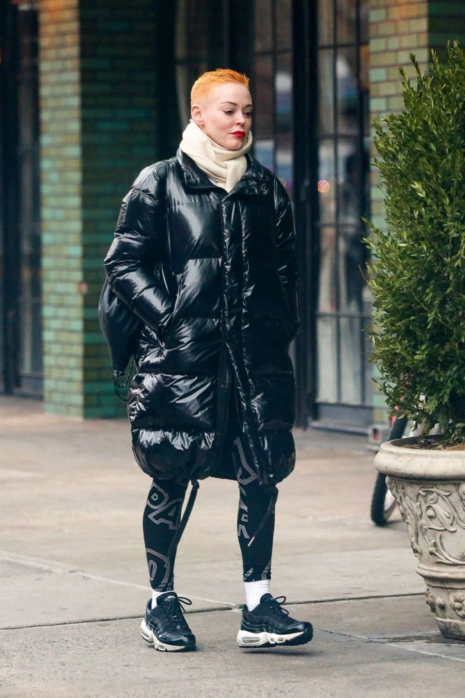 Rose McGowan 2019 : Rose McGowan: Arriving at The Bowery Hotel -06