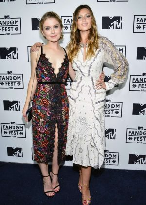 Rose Mciver Mtv Fandom Awards 2016 In San Diego Gotceleb