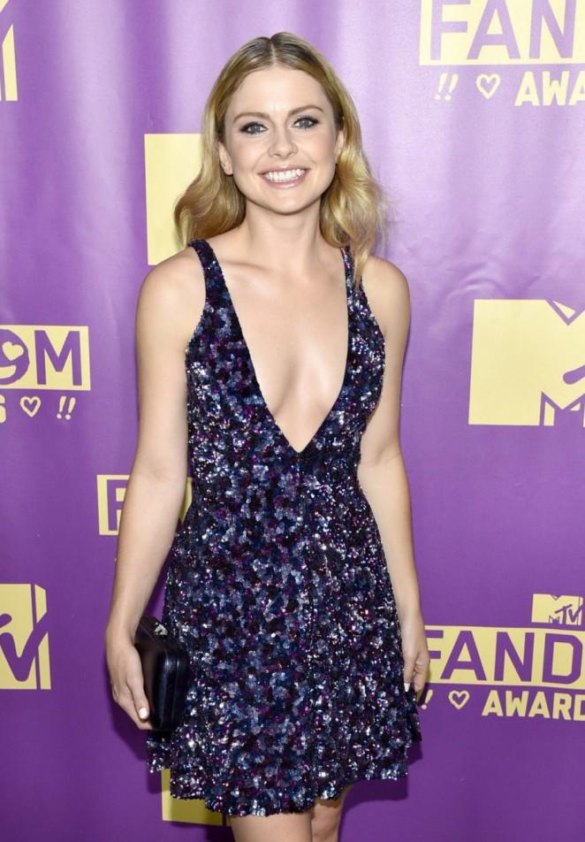 Rose McIver - MTV Fandom Awards in San Diego