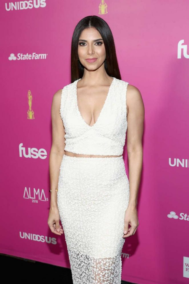 Roselyn Sanchez – ALMAs 2018 LIVE On Fuse in Los Angeles