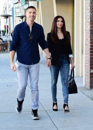 Roselyn Sanchez and Eric Winter - Out for lunch in Los Angeles
