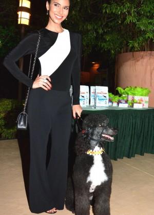 Roselyn Sanchez: Dog Fashion Show -02