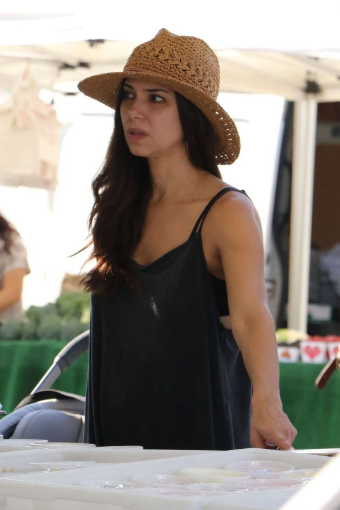Roselyn Sanchez - Shopping at the Farmer's Market in Studio City