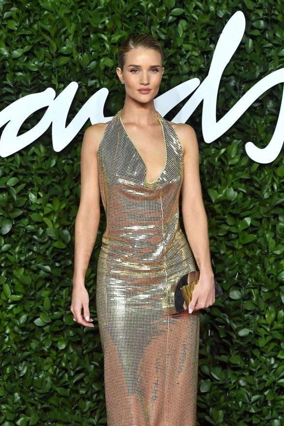 Rosie Hungtington Whiteley 2019 : Rosie Hungtington Whiteley – Fashion Awards 2019 in London-05