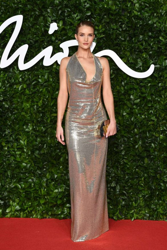 Rosie Hungtington Whiteley 2019 : Rosie Hungtington Whiteley – Fashion Awards 2019 in London-14