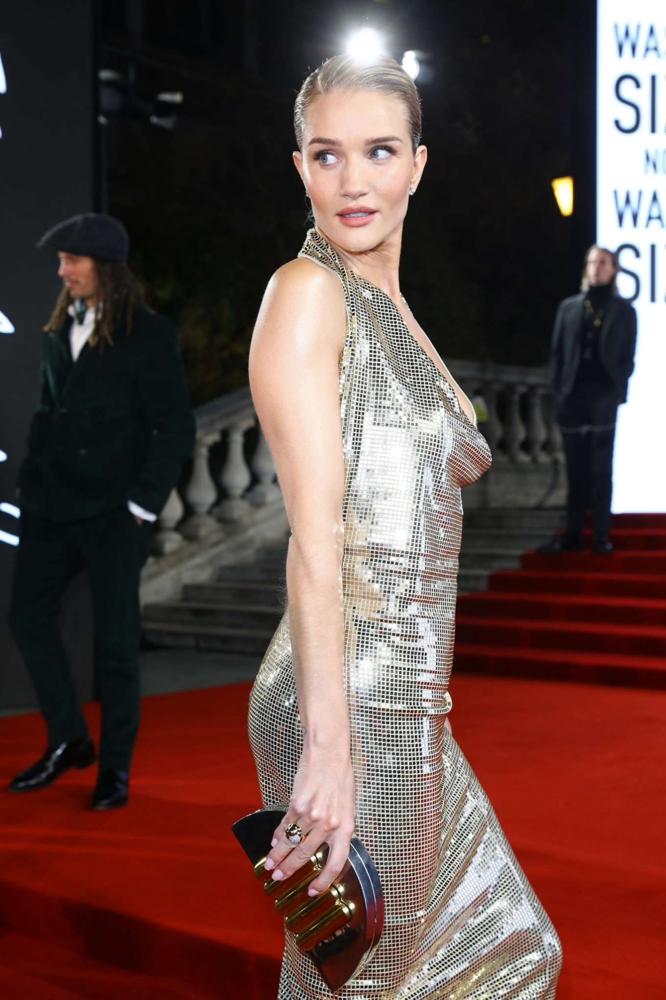 Rosie Hungtington Whiteley 2019 : Rosie Hungtington Whiteley – Fashion Awards 2019 in London-16