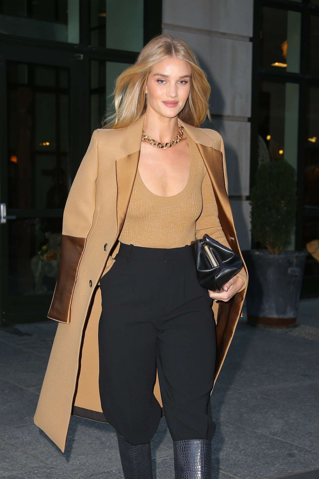 Rosie Huntinghton-Whiteley - Out in New York