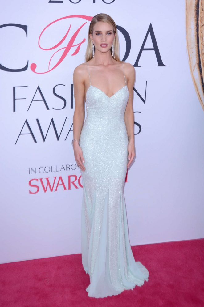 Rosie Huntington Whiteley – 2016 CFDA Fashion Awards in New York