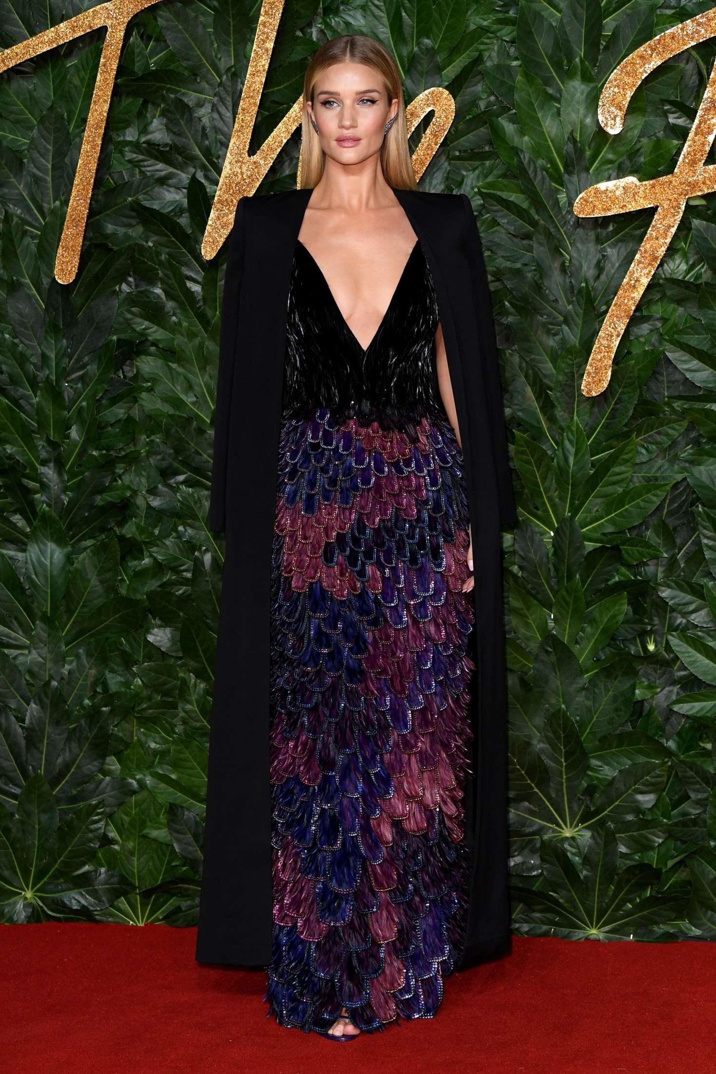 Rosie Huntington Whiteley 2018 : Rosie Huntington Whiteley: 2018 British Fashion Awards -02
