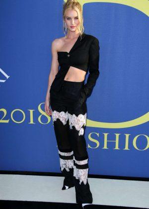 Rosie Huntington Whiteley - 2018 CFDA Fashion Awards in Brooklyn