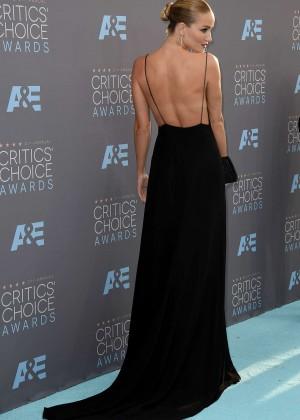 Rosie Huntington Whiteley: 2016 Critics Choice Awards -02