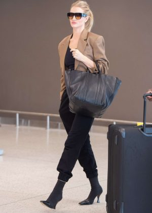 Rosie Huntington Whiteley - Arrives at JFK Airport in NYC
