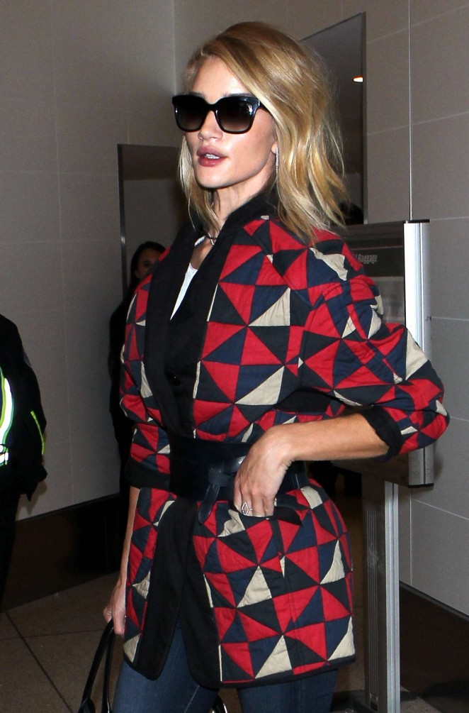 Rosie Huntington Whiteley – Arrives at LAX Airport in LA