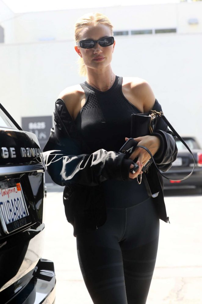 Rosie Huntington Whiteley - Arrives at the gym in West Hollywood