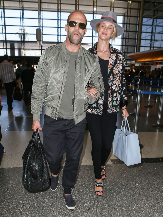 Rosie Huntington Whiteley at LAX -03
