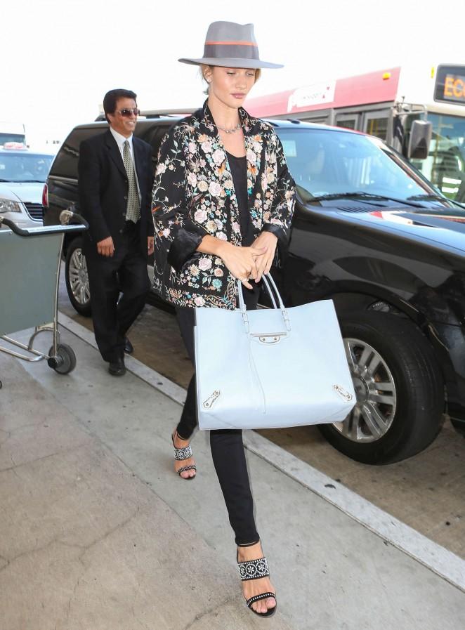 Rosie Huntington Whiteley at LAX -05