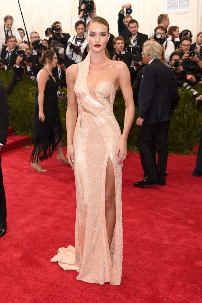 Rosie Huntington Whiteley: MET Gala 2015 -06