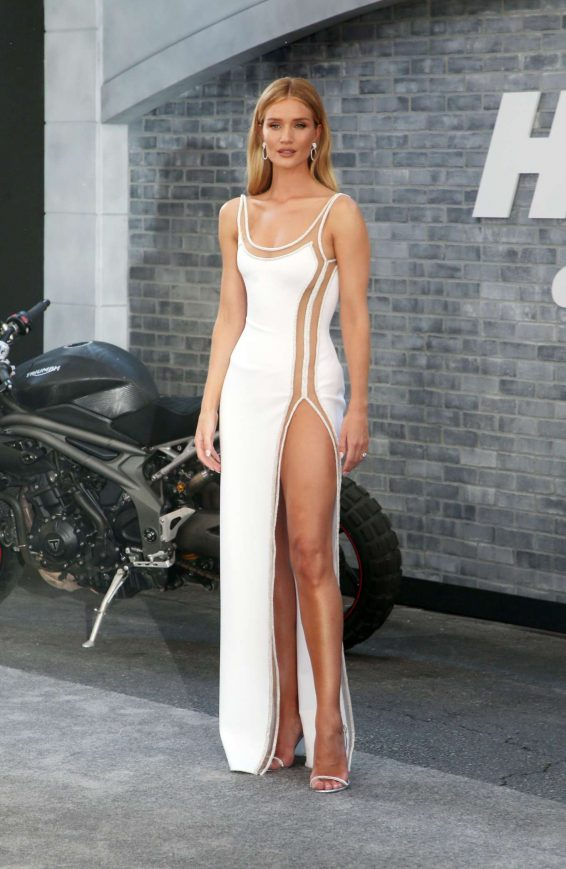 Rosie Huntington Whiteley 2019 : Rosie Huntington Whiteley – Fast and Furious Presents: Hobbs and Shaw Premiere-14
