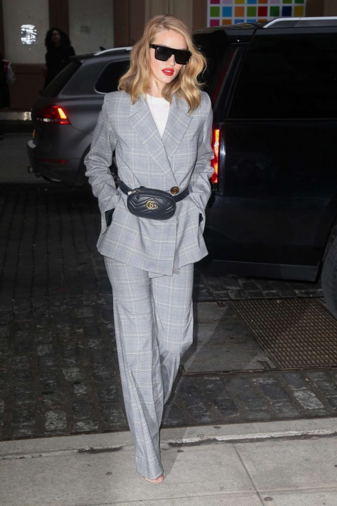 Rosie Huntington Whiteley in Gray Suit - Out in New York City